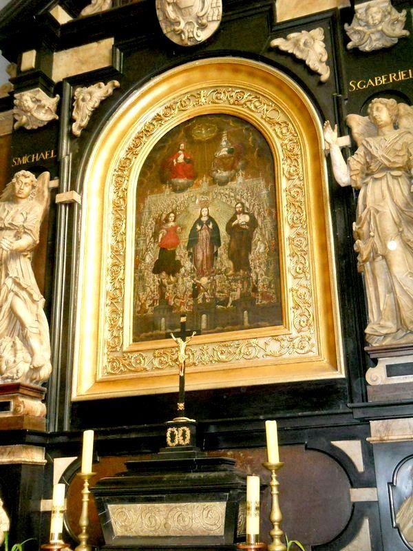 Kaplica1 Matki Boskiej  i świętych Aniołów  Anj  Niebieskie Kopia