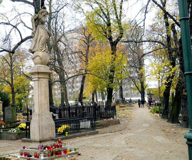 1ea Cmentarz Zasłużonych