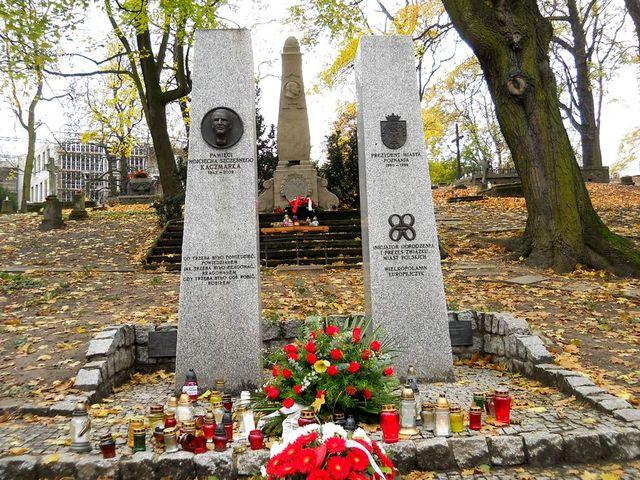 1g Cmentarz Zasłużonych Kopia