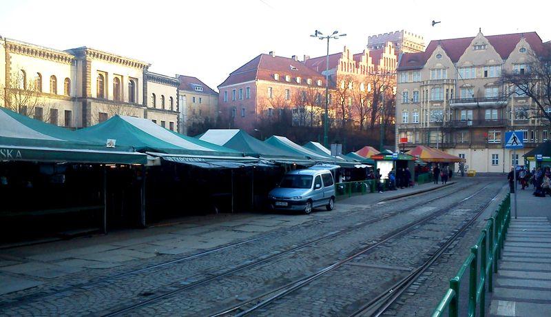 Plac_Wielkopolski_Poznan_1 Kopia