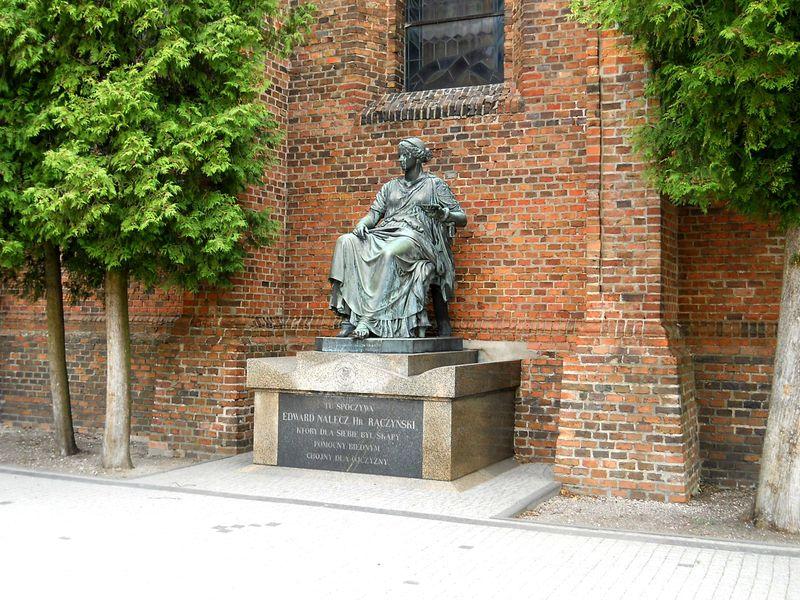 z 2fa Kościół pomnik