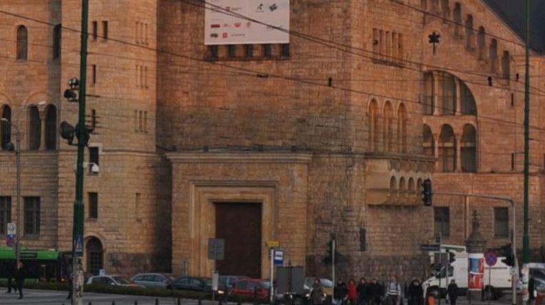 2 Zamek Cesarski