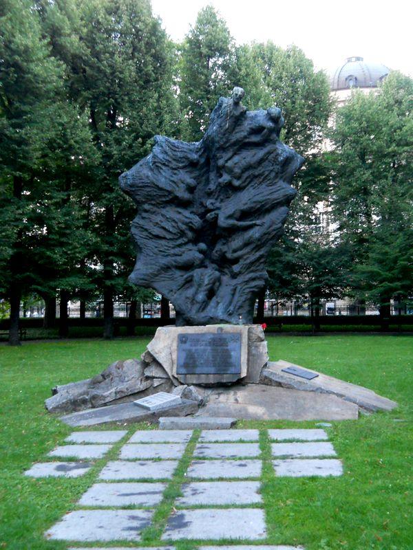48b Zamek Cesarski