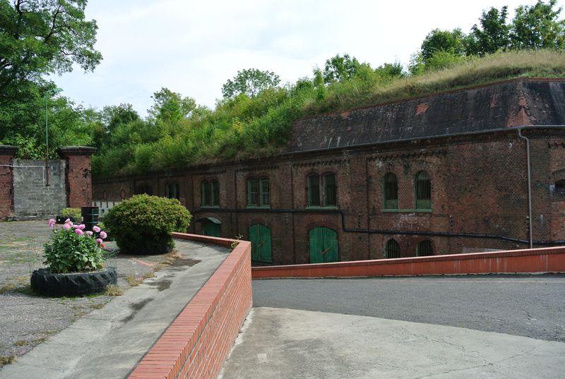 Fort I - 12