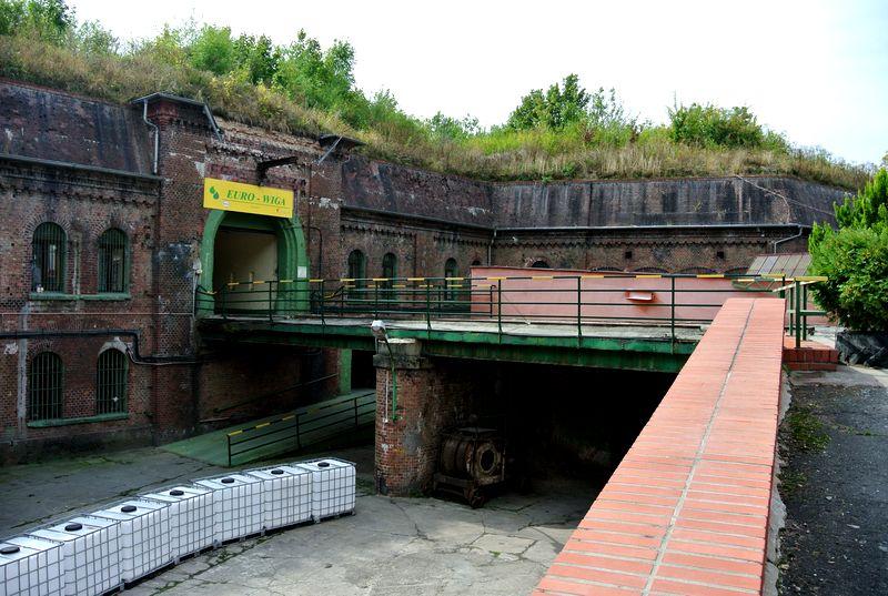 Fort I - 2