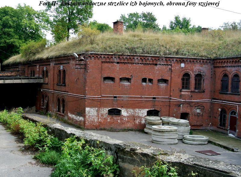 Fort II-  koszary
