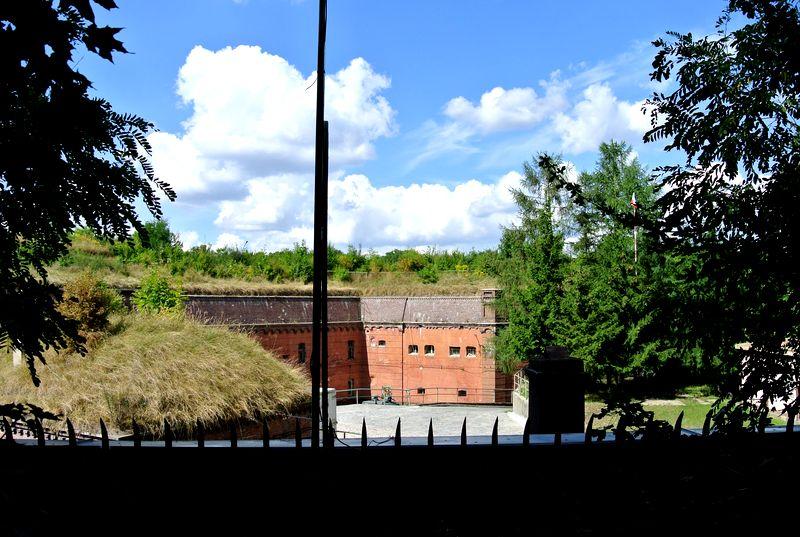 Fort VII 36