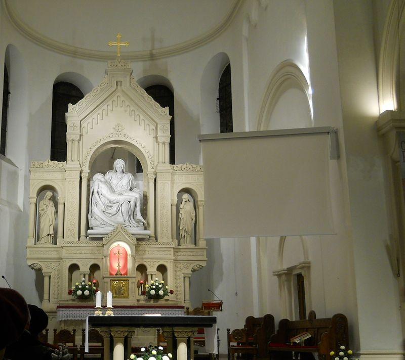 Ołtarz główny1