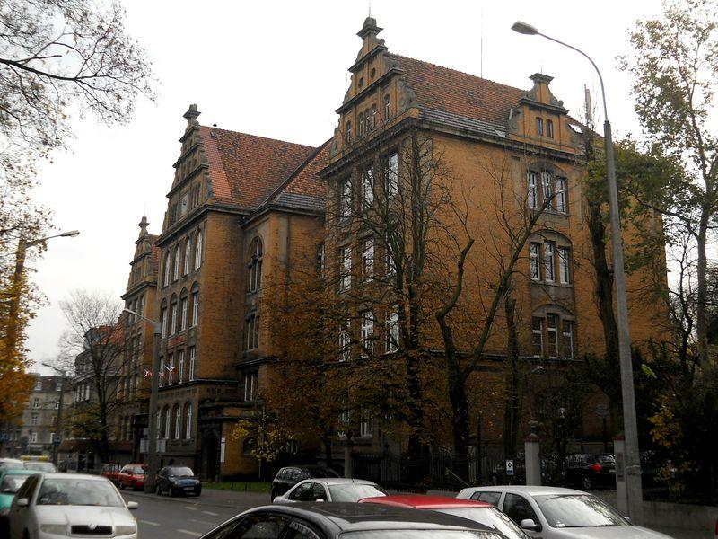 Ul. Berwińskiego Szkoła 26 -1