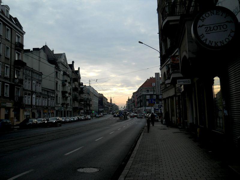 Ul. Głogowska 11