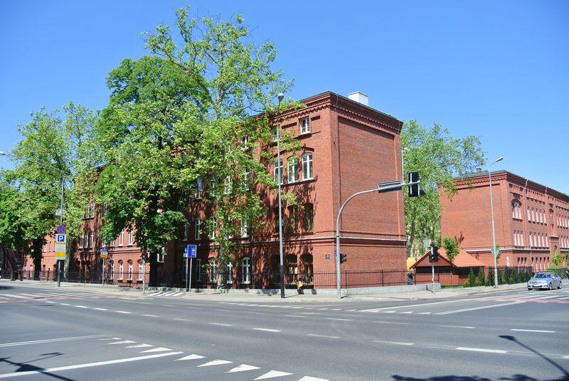Bukowska 083