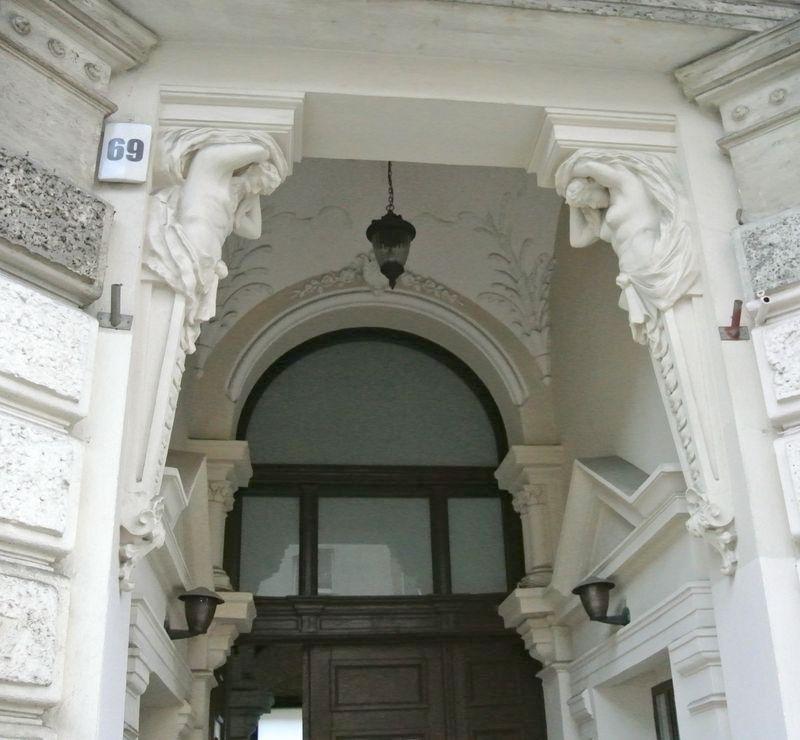 dąbrowskiego 69 5