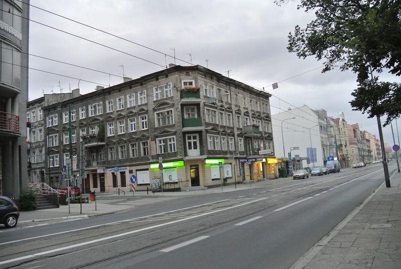 dąbrowskiego 76 6