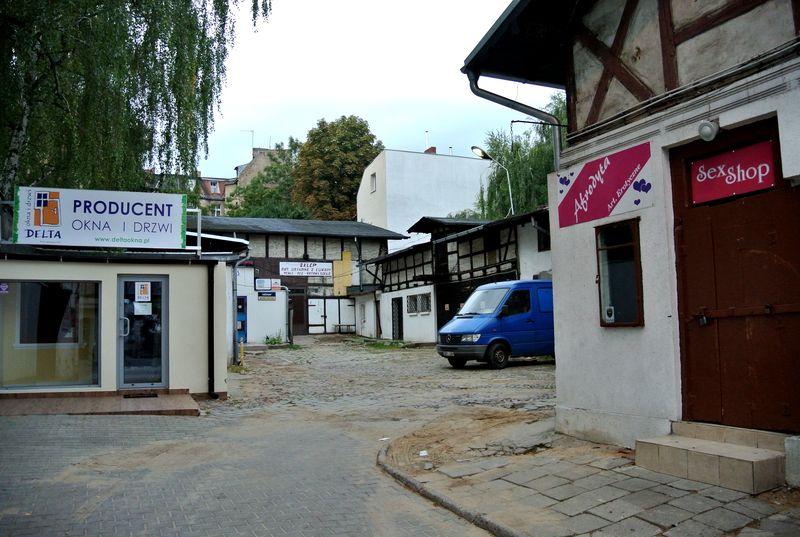 dąbrowskiego-40-81