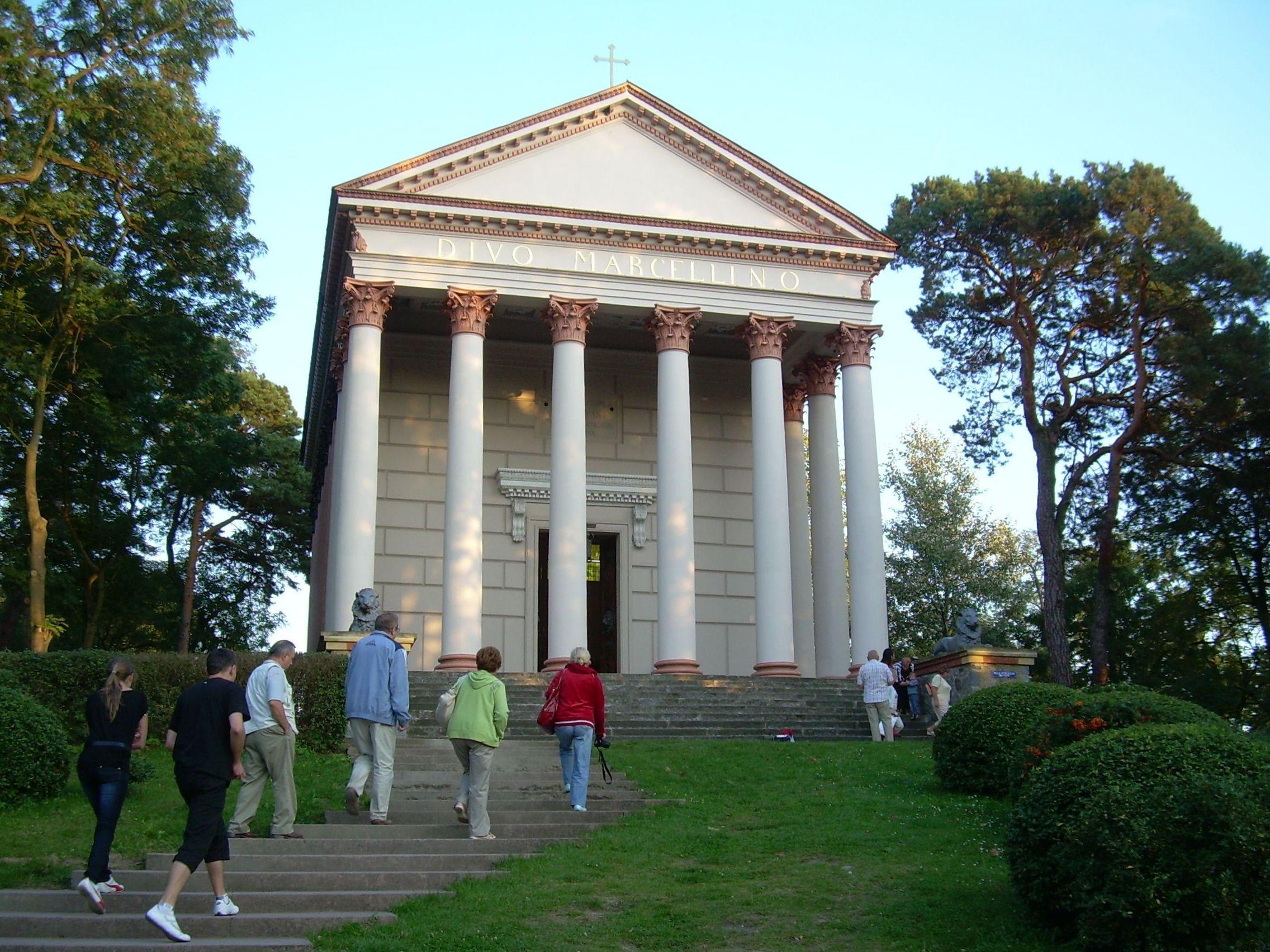 1 Kaplica pw. Świętego Marcelina