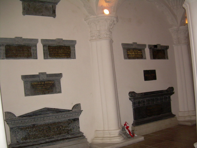 2f Kaplica  krypta